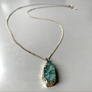 Urban Outfitters • Long Stone Pendant Necklace